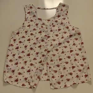 Forever 21 Tops - Floral top with cutout back